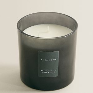 black vanilla scented candle